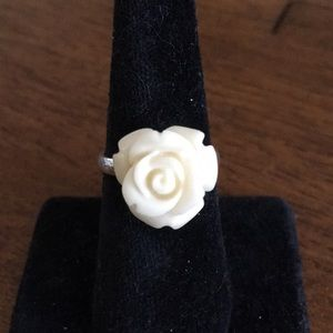 Jewelry - Carved rose 🌹 flower SS ring NWOT